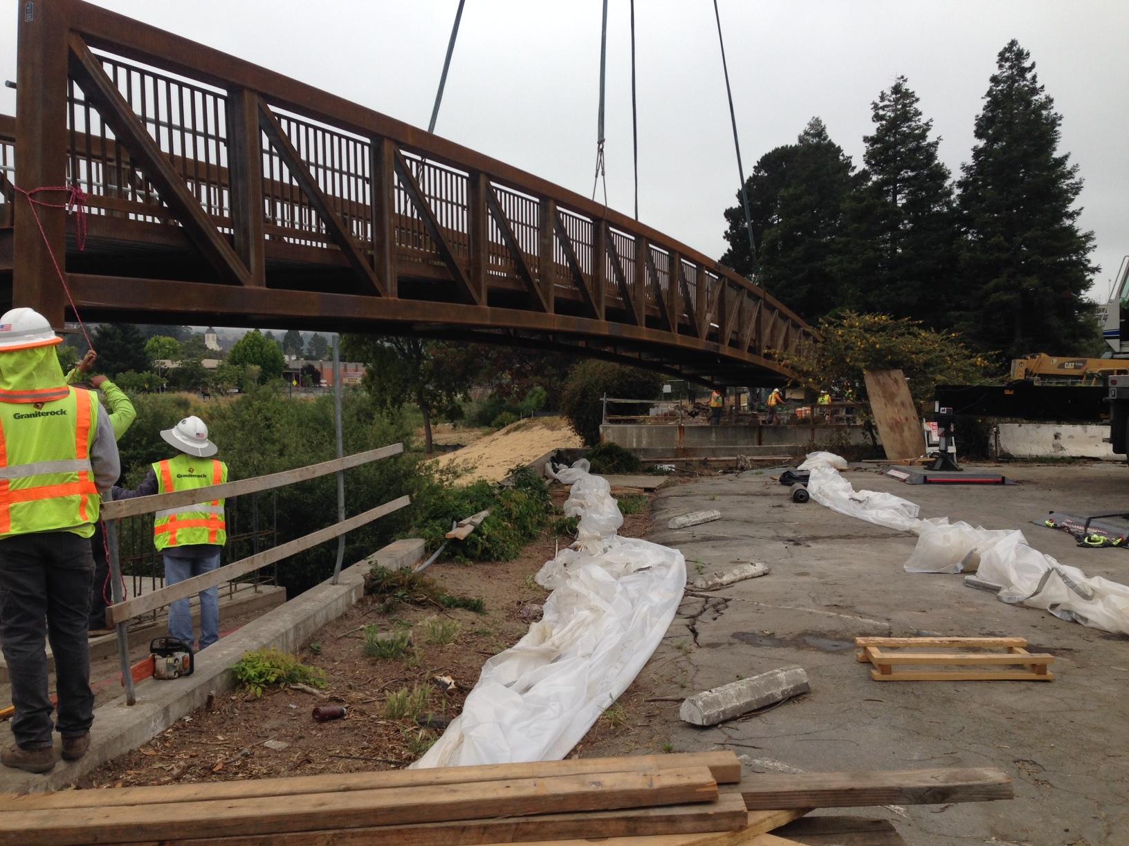 New bridge for Santa Cruz