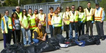 Link to read full article 'Graniterock Neighborhood Clean-up Day'