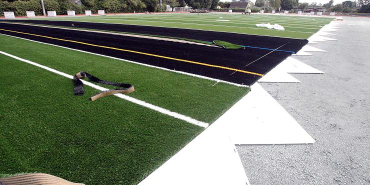 Construction team scores big at Santa Cruz High with GPS paver